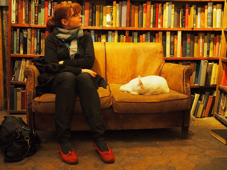 Shakespeare and Co | © darwin.wins/Flickr