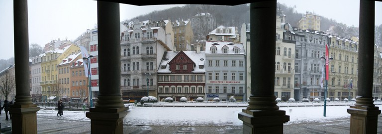 panorama of Karlovy Vary, Czech Republic | © Nina/Flickr