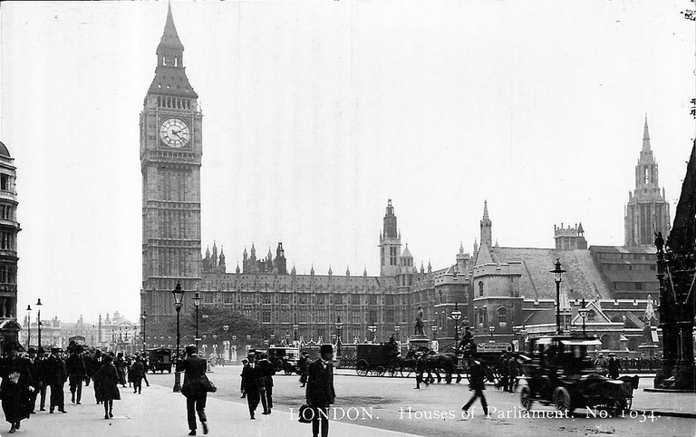 Big Ben during WWI | © Leonard Bentley / Flickr