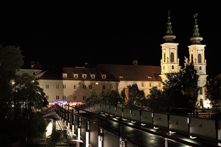 Mariahilfer Church and Mursteg   © Tobias Abel/Flickr