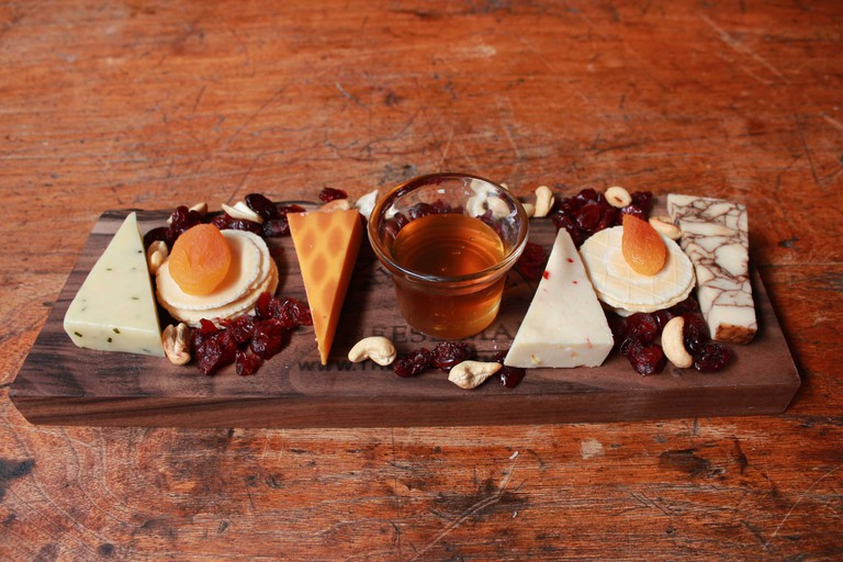 Cheese Plate © Wisconsin CCheese Plate | Courtesy of Wisconsin Cheese Mart