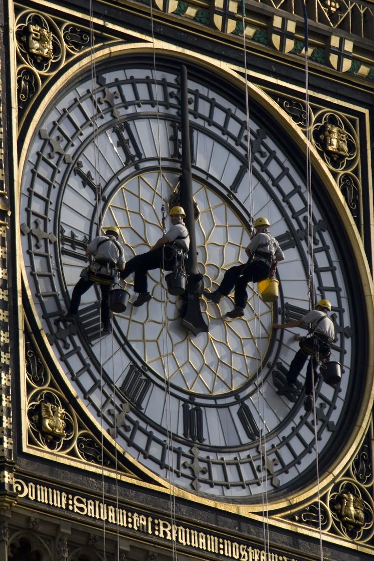 Cleaning Big Ben | © Storkk / Wikimedia