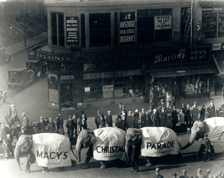 Elephants in the first Macy's Parade 1924, then called Macy's Christmas Parade |© Courtesy of Macy's