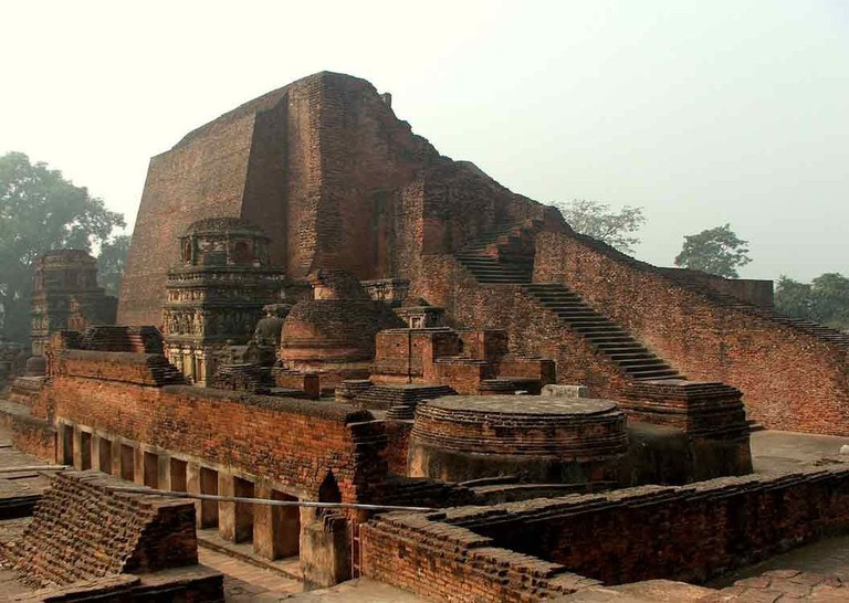 Famed Buddhist Nalanda University ruins © Wonderlane/WikiCommons