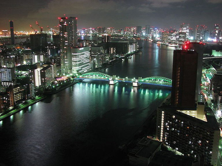 Kachidokibashi Bridge|©Ian Muttoo/WikiCommons