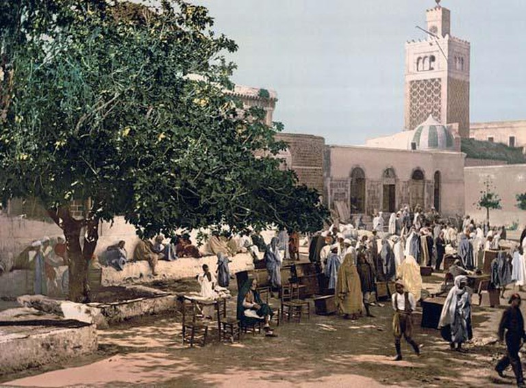 Photo of Kasbah market, Tunis, Tunisia | © author unknown/Wikipedia