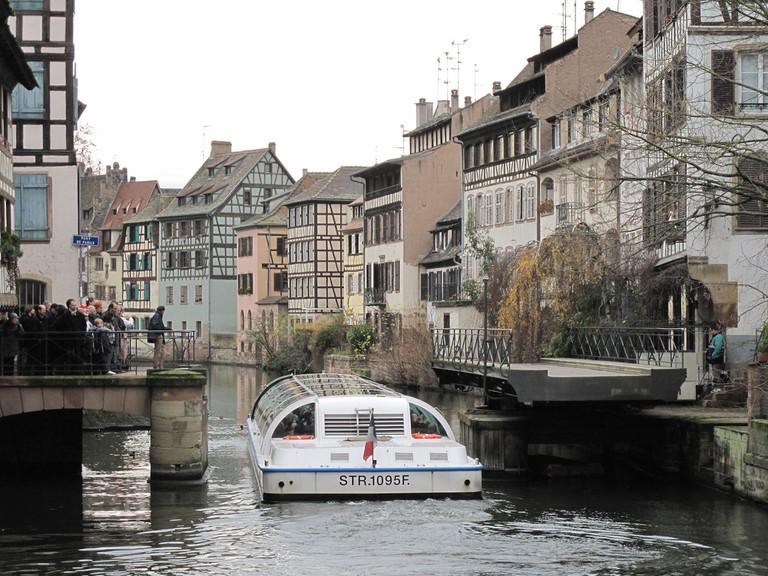 Pont tournant de la Petite France à Strasbourg | ©Tangopaso/WikiCommons