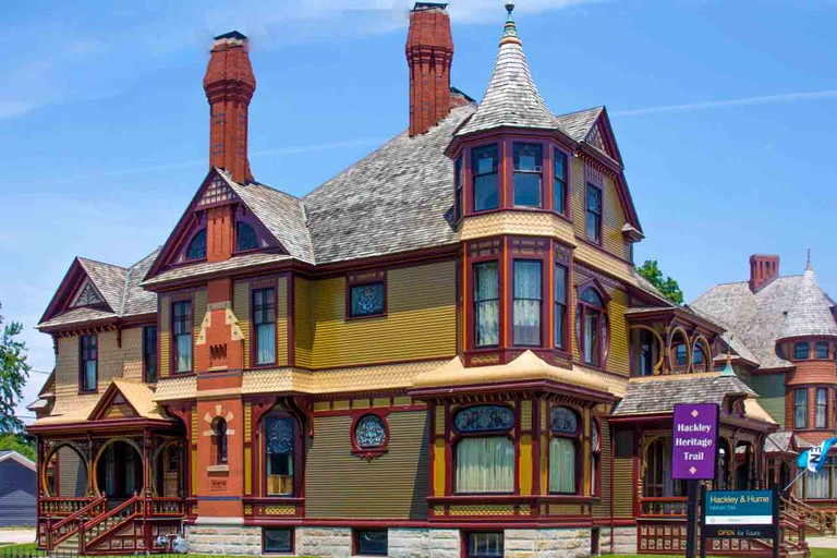 Hackley House, Muskegon   © rossograph/WikiCommons