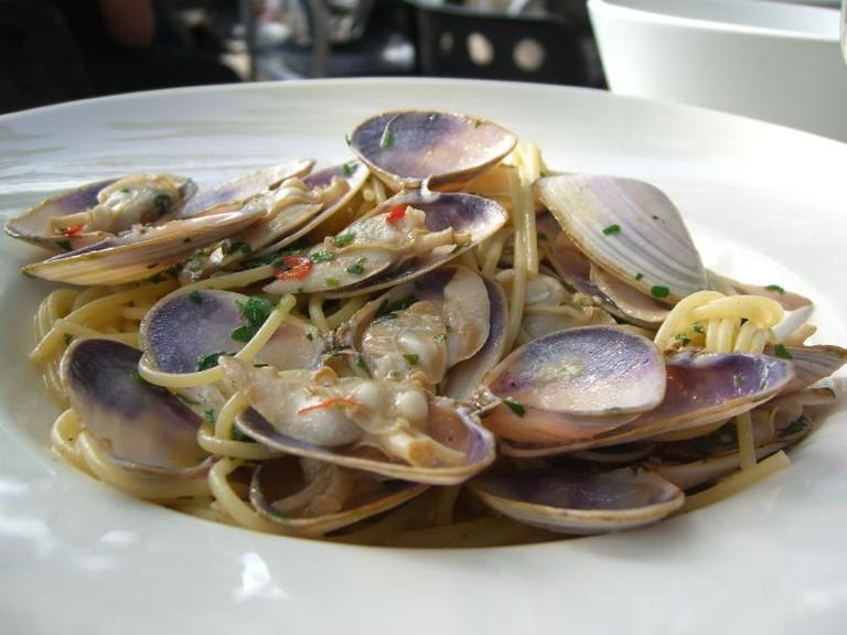 Spaghetti_alle_vongole,_Cafe_a_Taglio,_St._Kilda