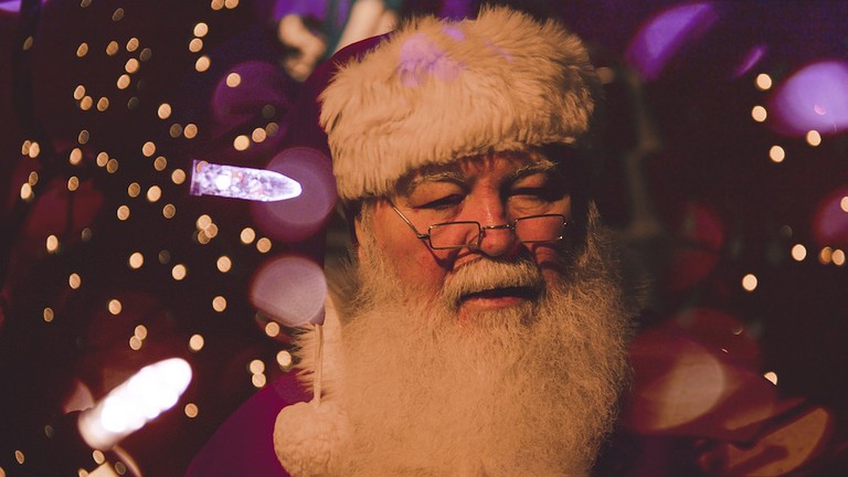 Toronto holds one of the largest Santa Claus parades in the world / Pixabay
