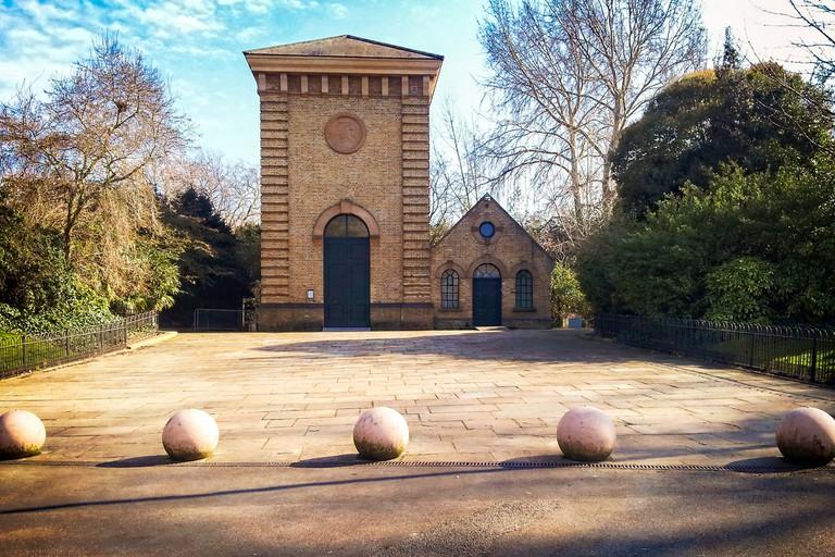 Pump House Gallery, Battersea Park | © Garry Knight / WikiCommons