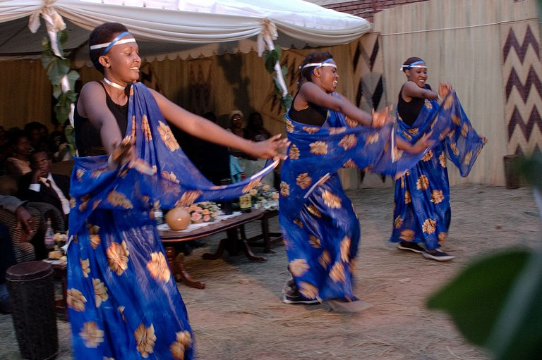 Rwandan dancers | © Fanny Schertzer/Wikicommons