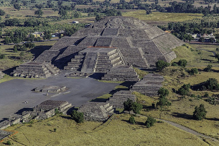 13 Buildings - Teotihuacán