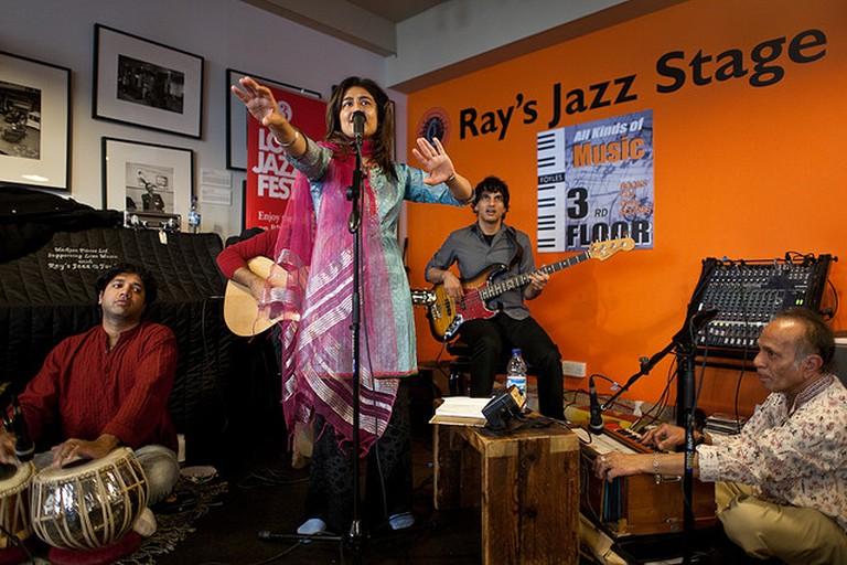 Kiran Ahluwalia at Ray's Jazz Stage | © 2009 Emile Holba / Flickr