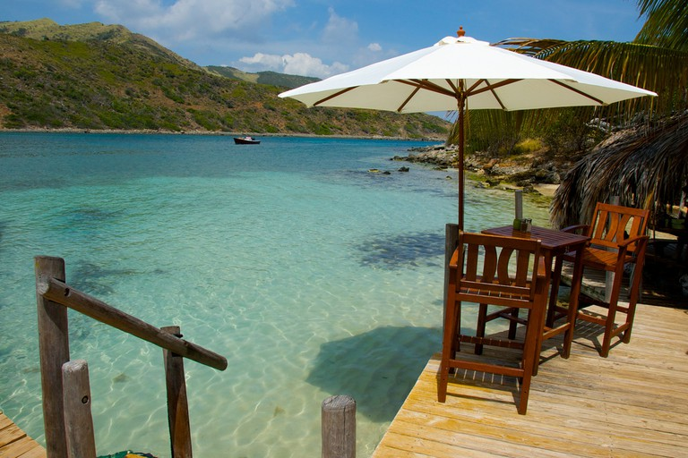 Bar on Pinel Island|©Mark Mitchell/Flickr