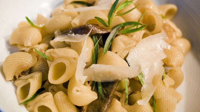 Shells-Porcini-Tarragon-Parmesan©Omid Tavallai/Flickr