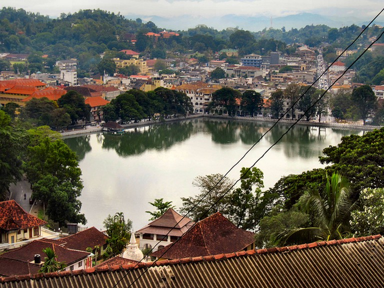Kandy   © Ronald Saunders/Flickr