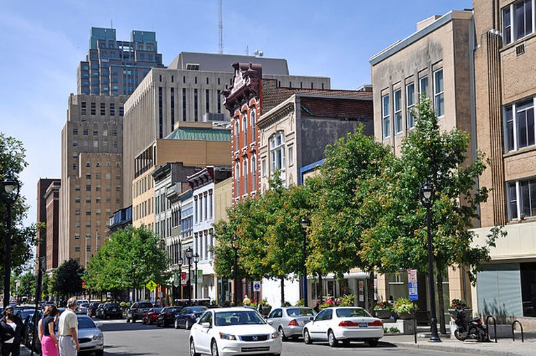 Fayetteville Street in downtown Raleigh | © Bz3rk/Wikicommons
