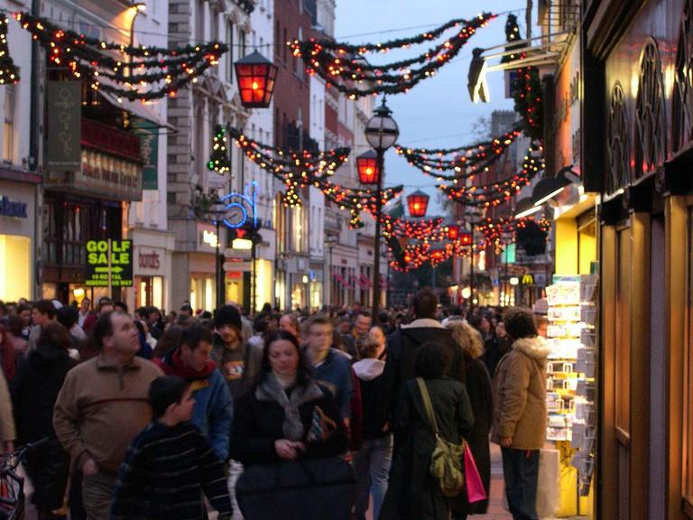 Grafton Street Christmas Shopping Dublin   © Ben and Kaz Askins/Flickr