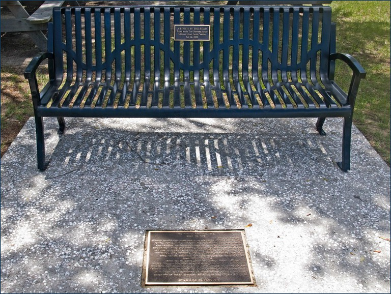 Toni Morrison's 'A Bench by the Road' -- Sullivan's Island (SC) 2012   © Ron Cogswell/Flickr