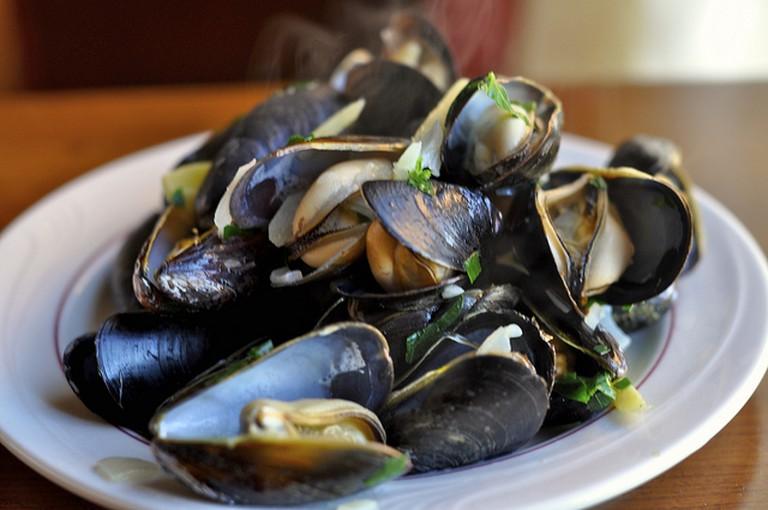Mussels I © James/Flickr