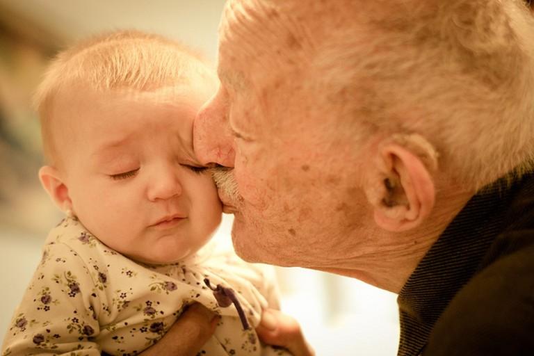 Grandparent's Love| © Gustavo Devito/Flickr
