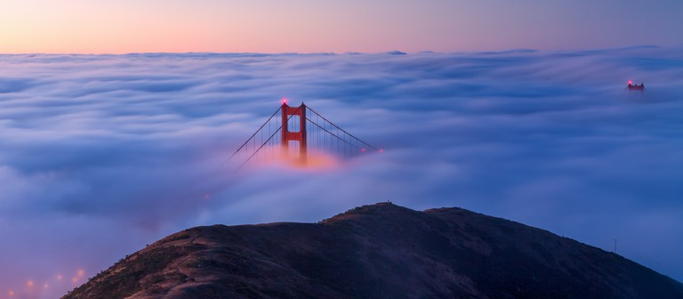 The view of a foggy Golden Gate Bridge from the Marin Headlands | © Frank Schulenburg_Flickr
