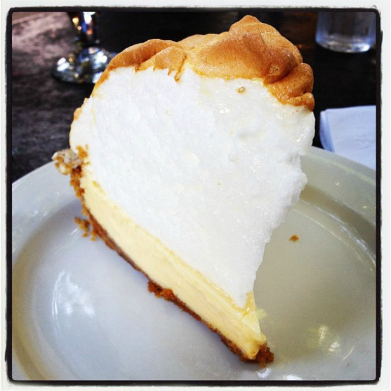 Mountainous meringue topped key lime pie, Blue Heaven | © Matt Wunderle/Flickr