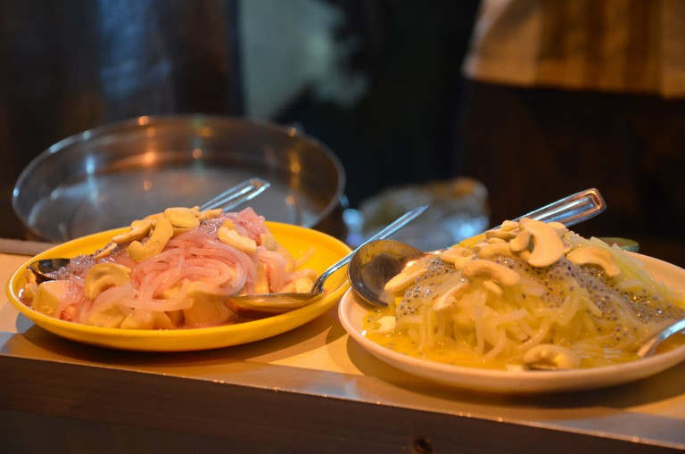 assorted Kulfis at Bajaj Road; Picture Credits: Sucheta Thakur