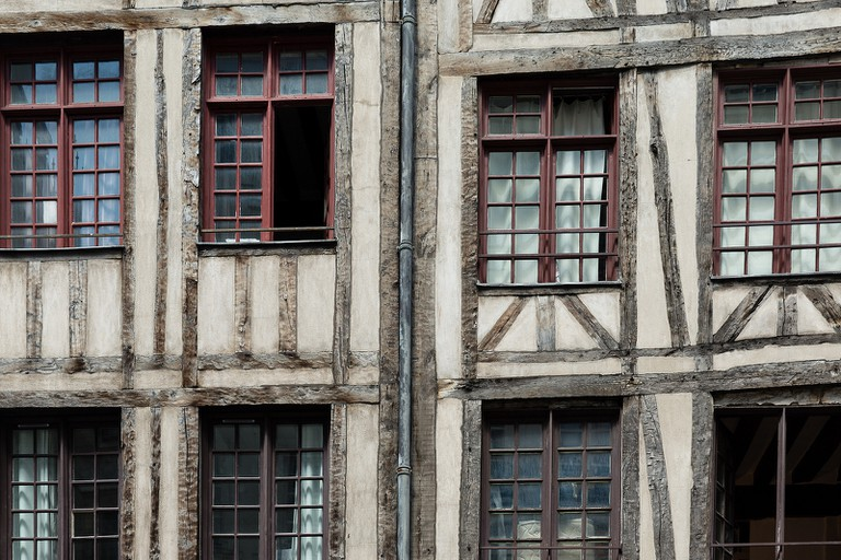 Medieval Architecture in the Marais | © Curt Smith/Flickr