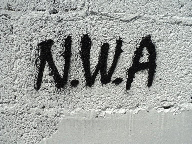 N.W.A. graffiti | © LetećiVale/WikiCommons