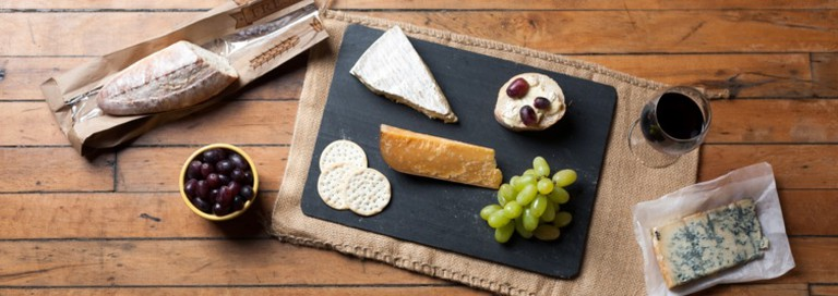 Wine and Cheese Platter   © Jordan Johnson/Flickr