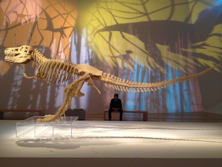 Dinosaur Skeleton, The Art of the Brick | Image Courtesy of Nathan Sawaya