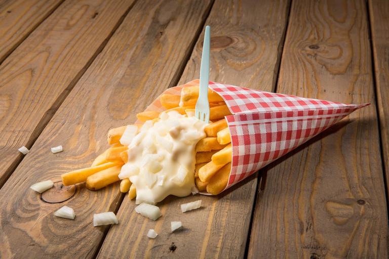 Fry Sauce on chips © artboolat / Shutterstock