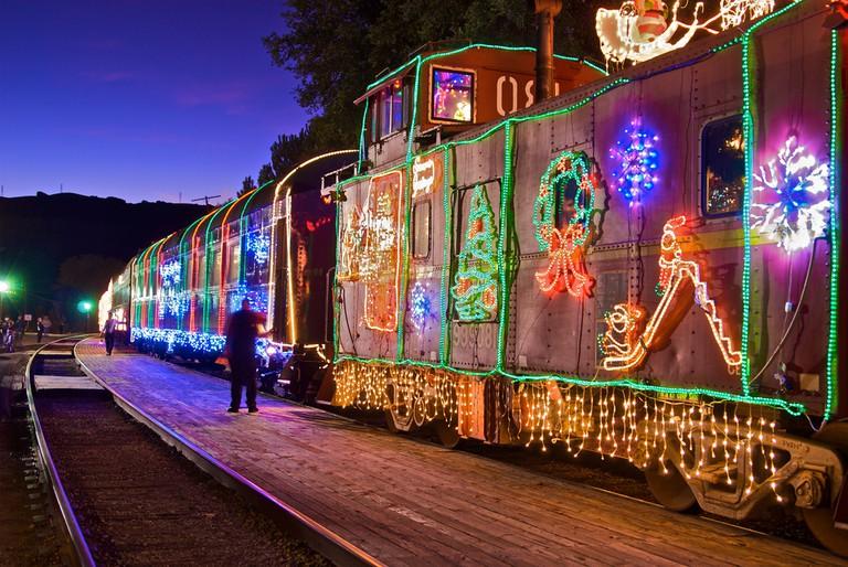 Niles Canyon Railroad Christmas Train |© moyerphotos/Flickr