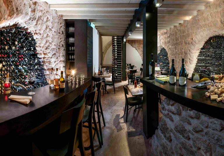 Wine Bar in a Crusader-era Cellar  © Asaf Pinchuk.
