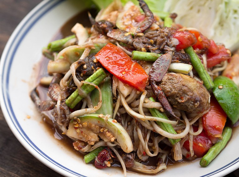 Som Tam Lao, or Green Papaya Salad | © Takeaway/WikiCommons