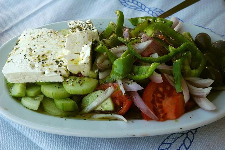 Horiatiki Salata   © Jpatokal / Wikimedia Commons