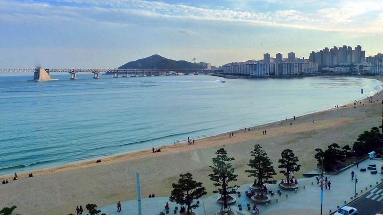 Gwan-an-ri Beach in Busan ©Daniel Lee