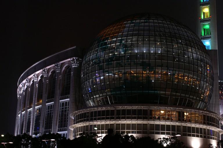 Shanghai International Conference Center | © Joris Leermakers / flickr