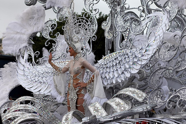 Contestant of The Grand Carnival Queen on a proggression |  © Philippe Teuwen / Flickr