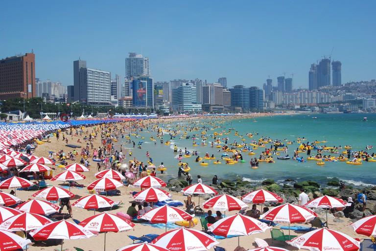 Sunny Day at Haeundae Beach ©Yu-Seok Oh