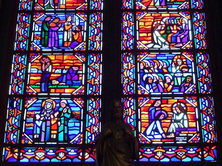 Detail on Vitrail at Amiens Cathedral   ©Cavorite/WikiCommons