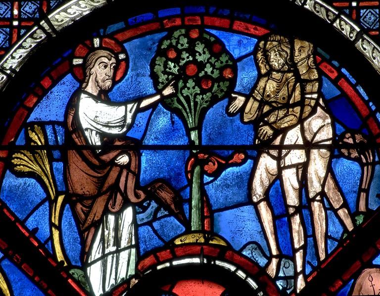 The Good Samaritan Vitrail at Chartres Cathedral  © WikiCommons