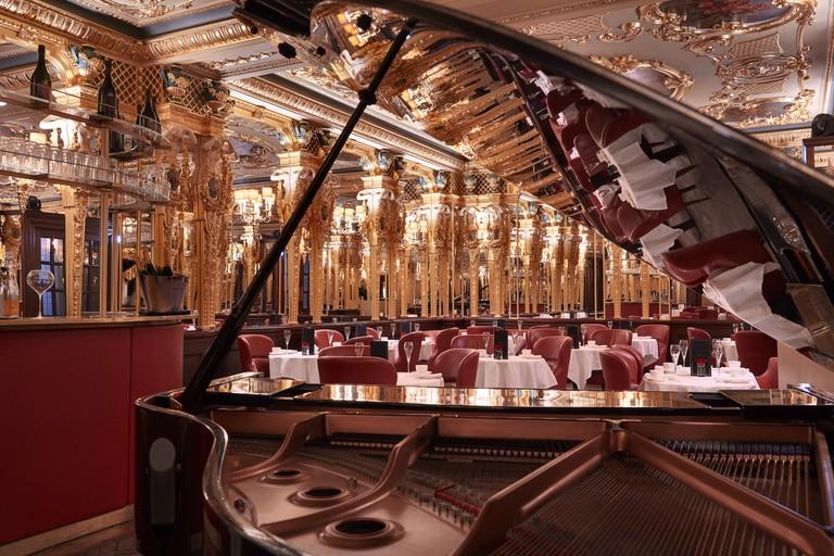 Hotel Cafe Royal - Oscar Wilde Bar | Courtesy Café Royal, London
