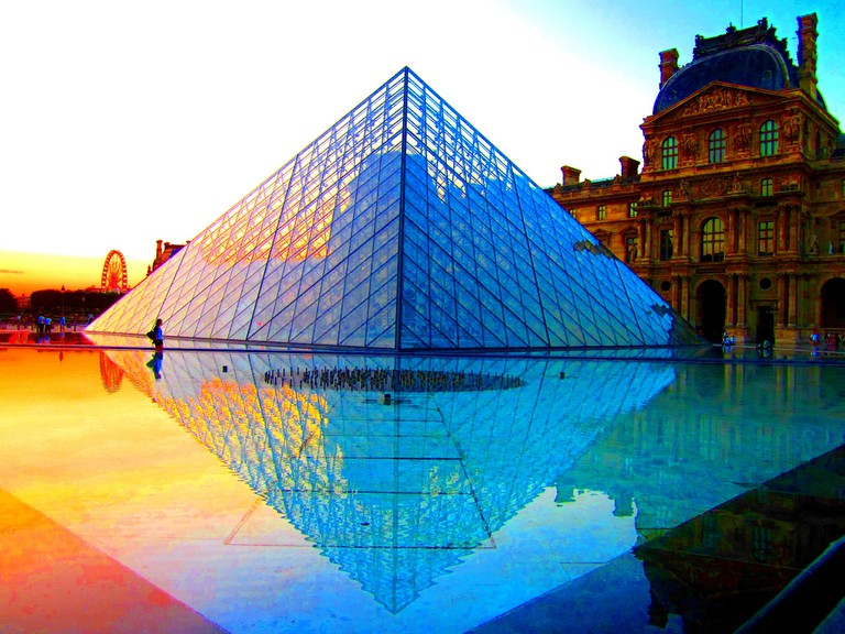 The Louvre Pyramid at sunset, Paris | © Peggy2012CREATIVELENZ/Flickr