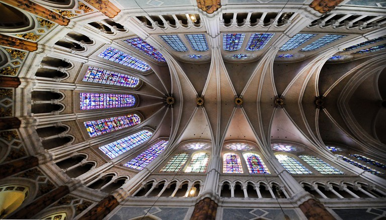 Chartres Cathedral stained-glass windows  © Ddouk Pixabay.com