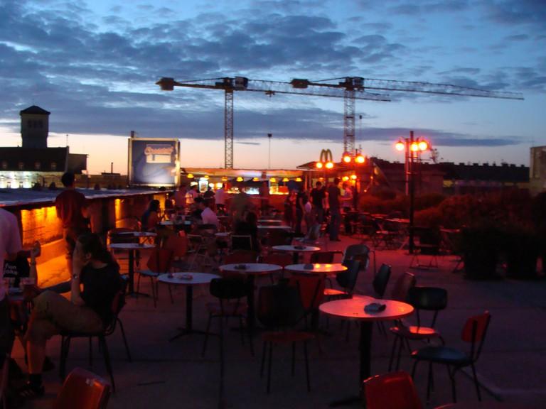 Rooftop bar | © Yazan Badran / Flickr