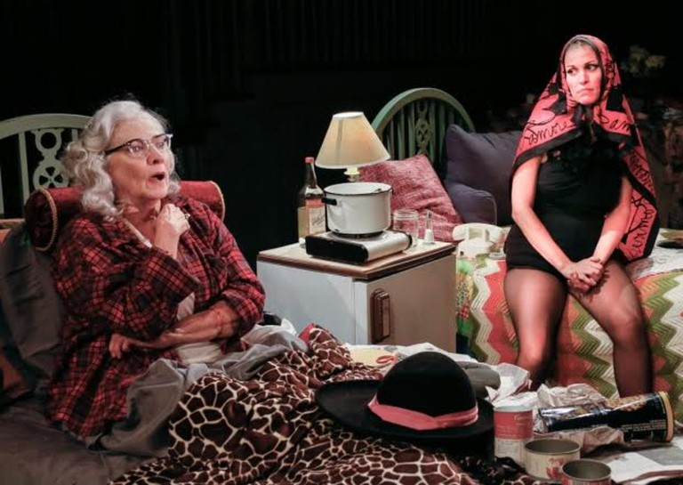 Betty Buckley and Rachel York in Grey Gardens at the Bay Street Theater | © Lenny Stucker / WikiCommons