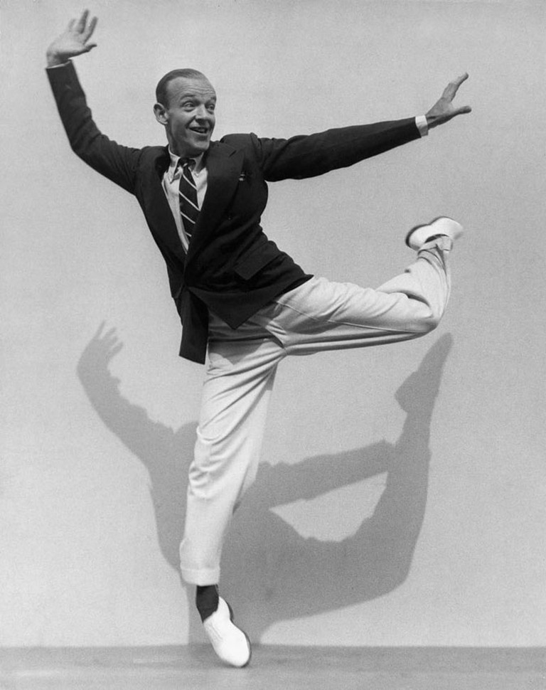 Martin Munkácsi, Fred Astaire on his Toes, 1936 | Courtesy of the Collection of F.C. Gundlach